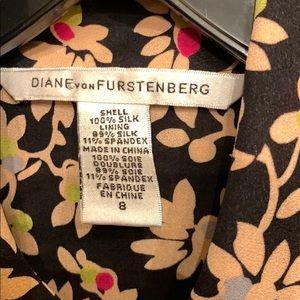 Diane Von Furstenberg Dresses - Diane von Furstenberg Silk summer dress